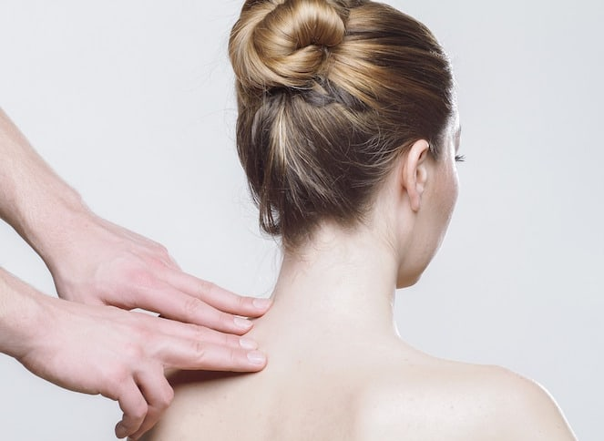 trigger point massage in shoulder
